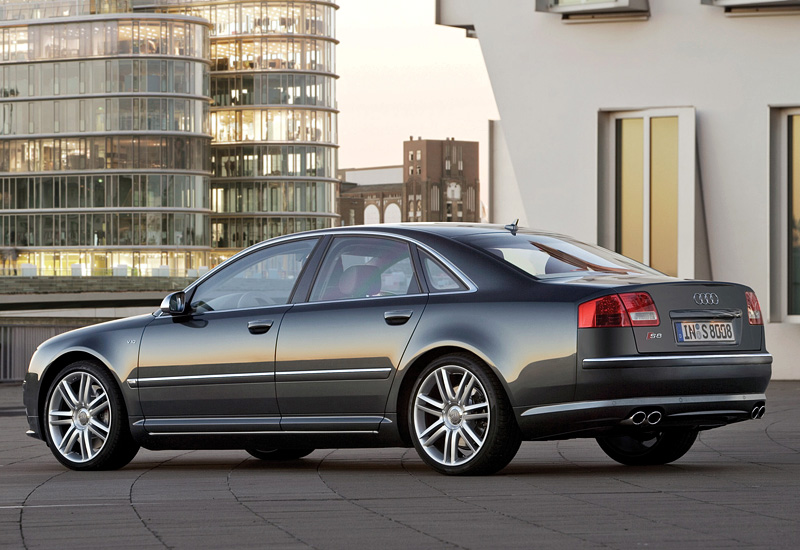 2005 audi s8 specifications photo price information rating. Black Bedroom Furniture Sets. Home Design Ideas