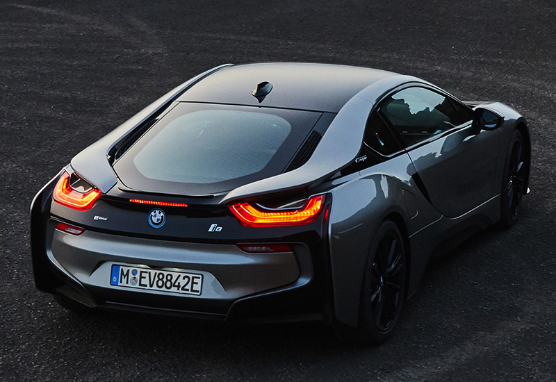 2018 bmw i8 coupe specifications photo price information rating. Black Bedroom Furniture Sets. Home Design Ideas
