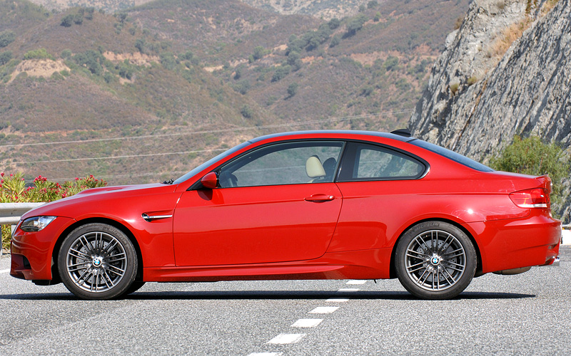 2008 bmw m3 e92 specifications photo price information rating. Black Bedroom Furniture Sets. Home Design Ideas