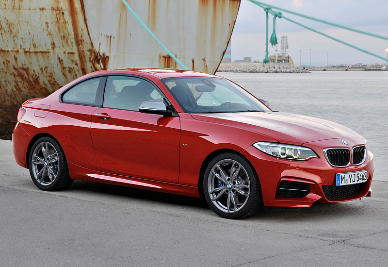 2014 bmw m235i coupe f22 specifications photo price information rating. Black Bedroom Furniture Sets. Home Design Ideas