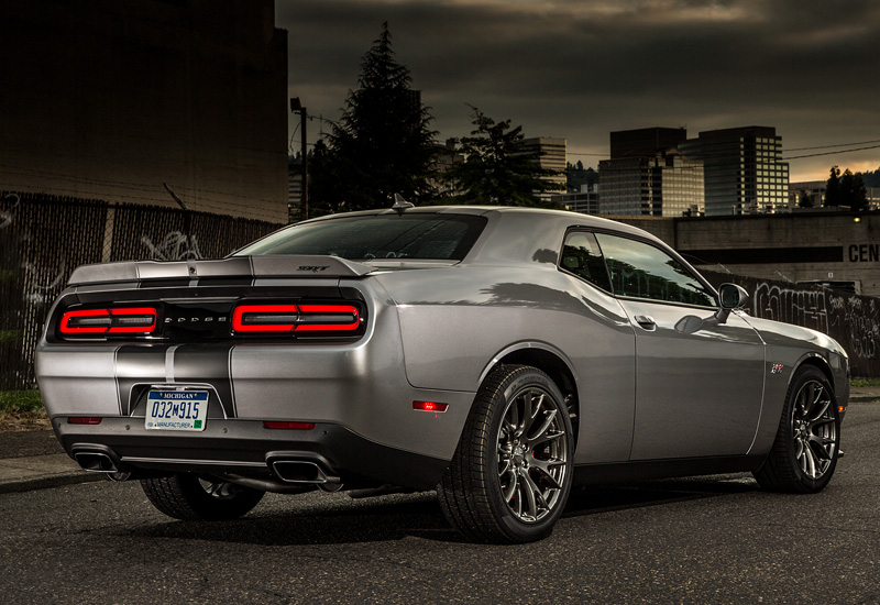 dodge challenger srt  specifications photo price information rating