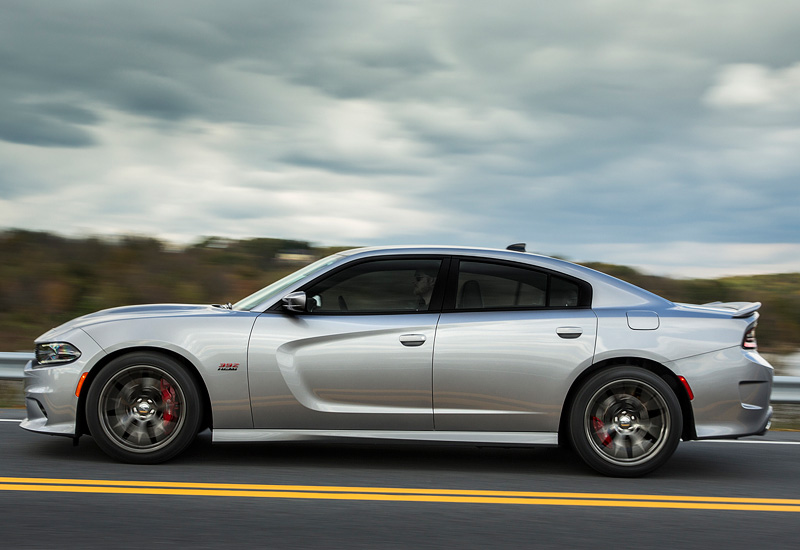2015 Dodge Charger SRT 392 - specifications, photo, price, information, rating