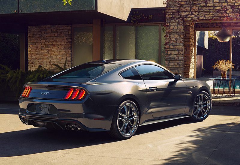 2018 Ford Mustang GT Fastback - specifications, photo, price, information, rating