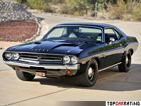1971 Dodge Challenger R/T 426 Hemi = 210 kph, 425 bhp, 6.2 sec.