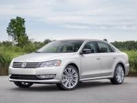 2013 Volkswagen Passat Sport 3.6 V6 (NMS) = 250 kph, 300 bhp, 5.3 sec.