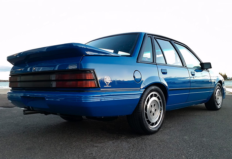 200 Kph To Mph >> 1985 Holden Commodore HDT SS Group A (VK) - specifications ...
