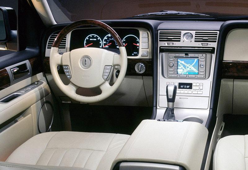 2003 Lincoln Navigator U228 Specifications Photo