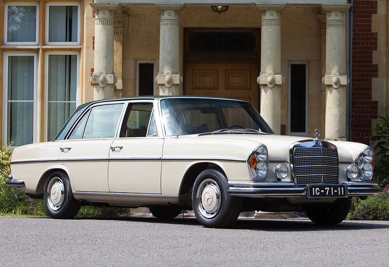 1967 mercedes benz 300 sel 6 3 w109 specifications for Mercedes benz 300 price