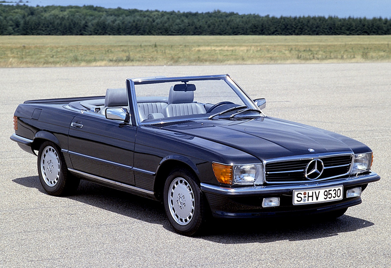 1980 mercedes benz 500 sl r107 specifications photo price information rating. Black Bedroom Furniture Sets. Home Design Ideas