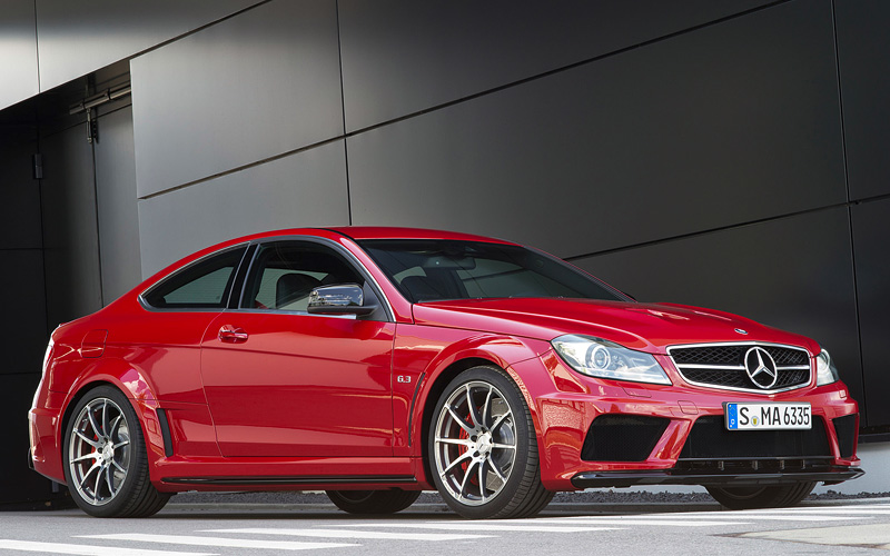 2012 mercedes benz c 63 amg coupe black series specifications photo price information rating. Black Bedroom Furniture Sets. Home Design Ideas