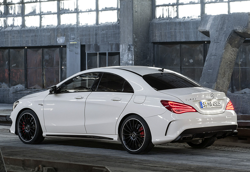 2013 mercedes benz cla 45 amg c117 specifications photo price information rating. Black Bedroom Furniture Sets. Home Design Ideas