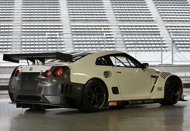 2010 nissan gt r nismo gt1 specifications photo price information rating. Black Bedroom Furniture Sets. Home Design Ideas