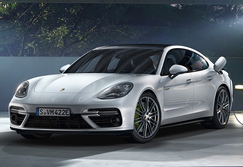 2018 porsche panamera turbo s e hybrid specifications photo price information rating. Black Bedroom Furniture Sets. Home Design Ideas