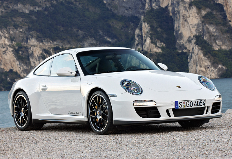 2010 Porsche 911 Carrera GTS Coupe (997)