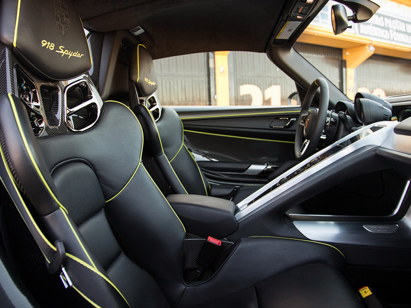 2014 porsche 918 spyder weissach package specifications photo price info. Black Bedroom Furniture Sets. Home Design Ideas