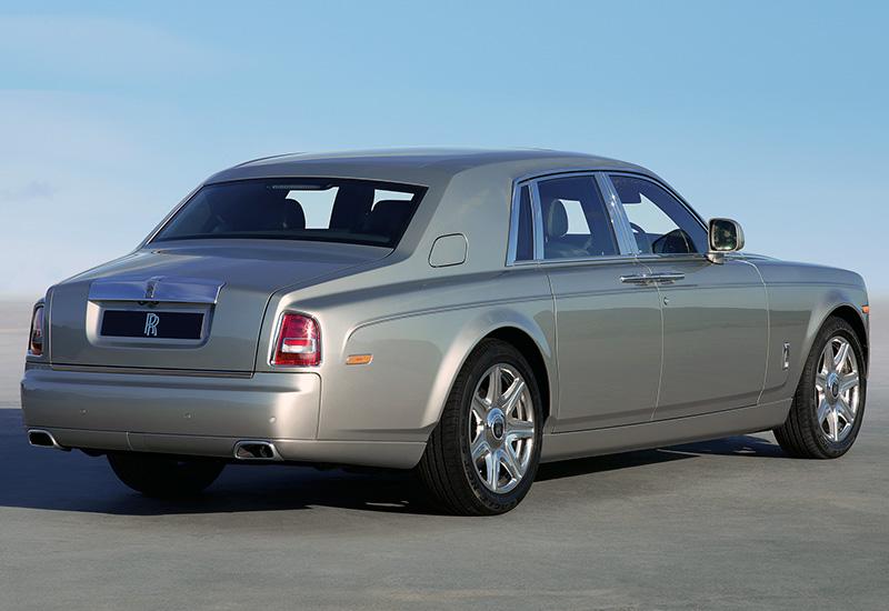2013 rolls royce phantom series ii specifications photo price. Black Bedroom Furniture Sets. Home Design Ideas