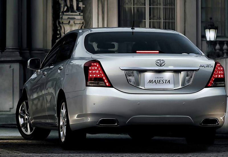 2009 Toyota Crown Majesta Specifications Photo Price