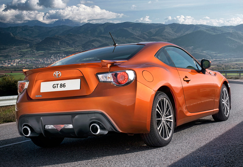 2012 toyota gt 86 specifications photo price information rating. Black Bedroom Furniture Sets. Home Design Ideas