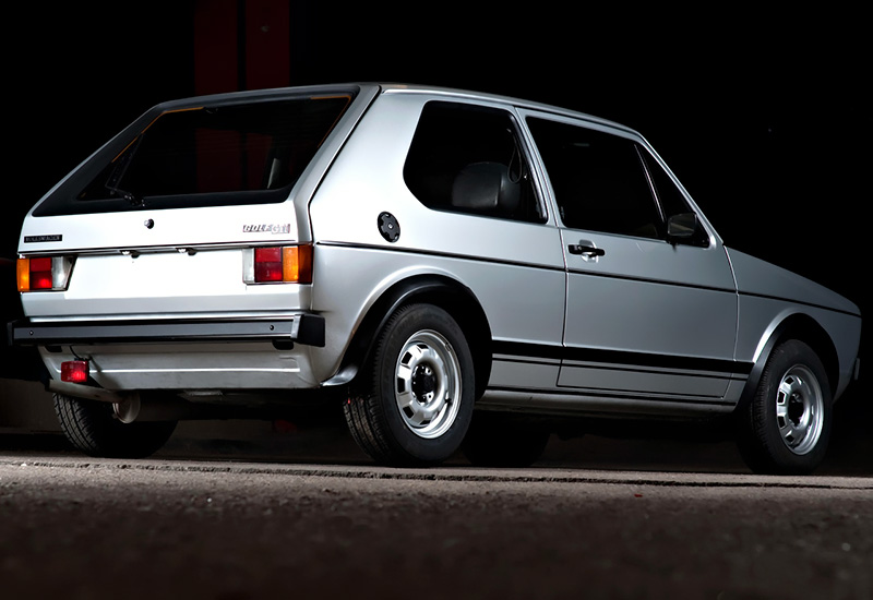volkswagen golf gti typ  specifications photo price information rating