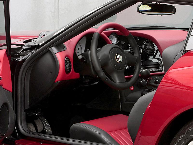 2011 Alfa Romeo TZ3 Stradale Zagato Specifications