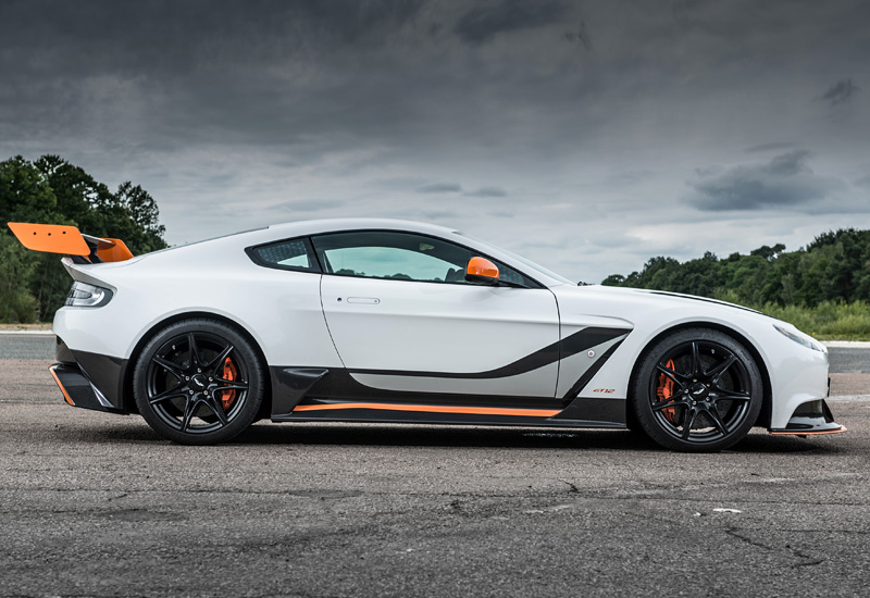 2015 Aston Martin Vantage Gt12 Price And Specifications