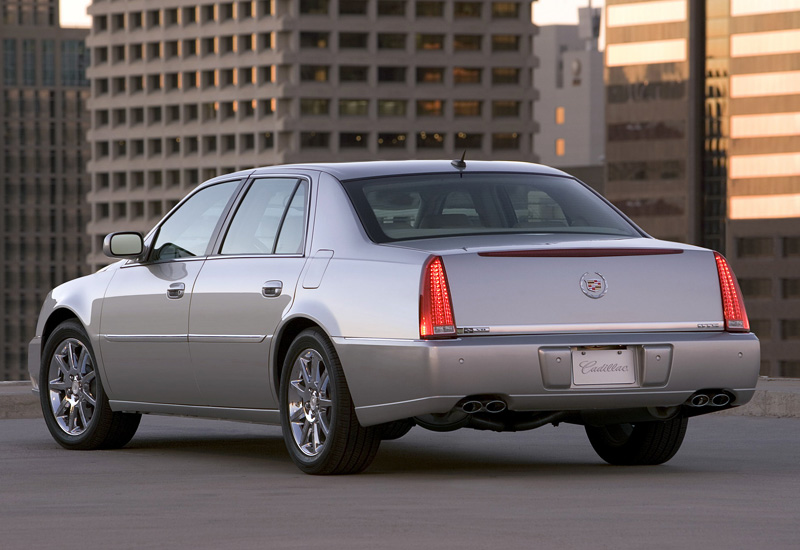 2005 Cadillac DTS - specifications, photo, price, information, rating