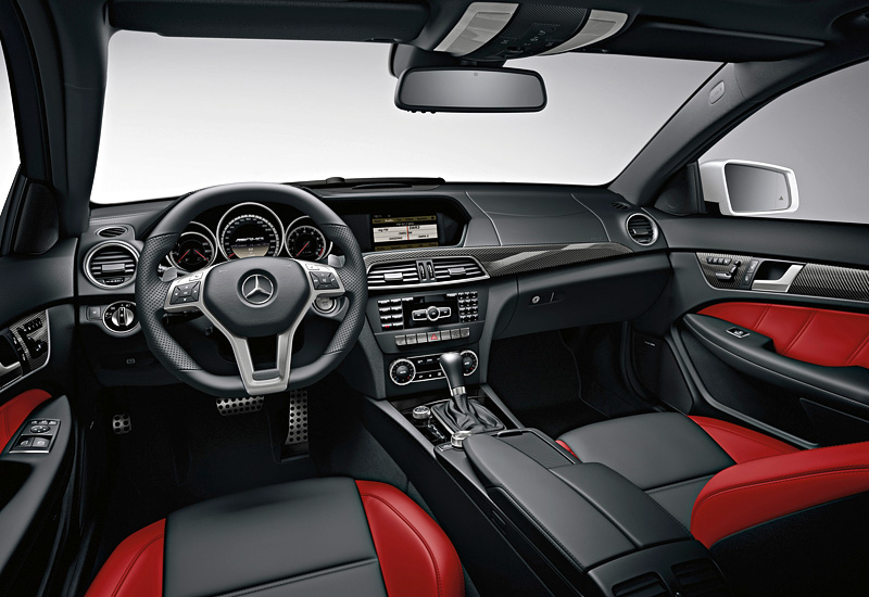 2011 Mercedes-Benz C 63 AMG Coupe Performance Package (C204)